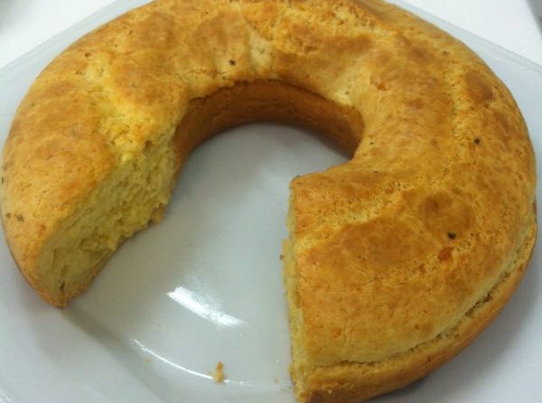 Bolo pão de queijo do Edu Guedes