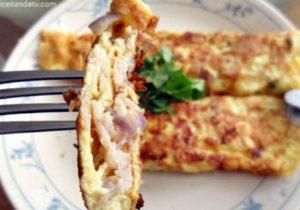 Receita de omelete com presunto ou peito de peru