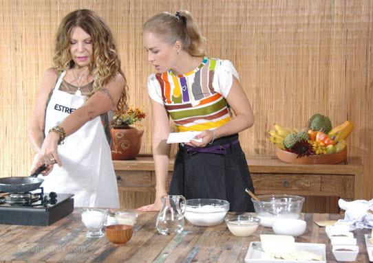 Café da manhã nordestino com tapioca, cuscuz e cartola , Elba Estrelas